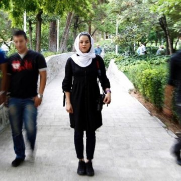 Iran photographer to share prize money with Syria refugees