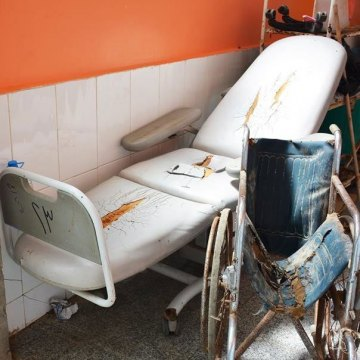 Half of all health facilities in war-torn Yemen now closed; medicines urgently needed – UN