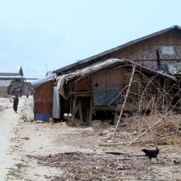 Myanmar: UN expert urges efforts to break 'worsening cycle of violence' in Rakhine