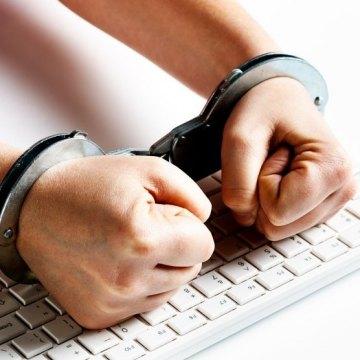 Saudi Arabia: Wave of arrests targets last vestiges of freedom of expression