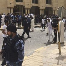 S_ZA-human-rights - Bomb attack kills 26, injures dozens at Shia mosque in Kuwait City