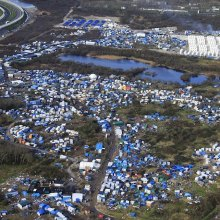 children - Calais: fears grow for dozens of children amid chaotic camp shutdown