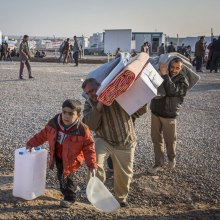 Aid - UN refugee agency focuses on sheltering displaced as Iraqi offensive moves to west Mosul