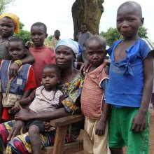 OCHA - Central African Republic: UN cites 'dire' situation for children; amid threats, some aid work suspended