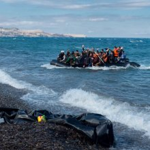 Refugees - Thousands of migrants rescued on Mediterranean in a single day – UN agency