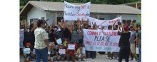 Refugees - Australia must tackle refugee crisis in Nauru